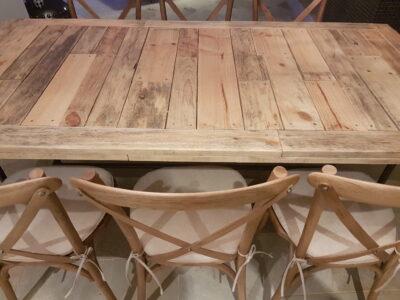 wood_table
